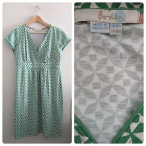 Boden Green and White Printed Short Sleeve Dress